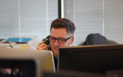 Τηλεφωνητής   Γιατί μία επαγγελματική παραγωγή βελτιώνει την εικόνα της εταιρείας σας